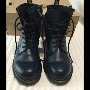Doc Martens Delaney navy leather boots